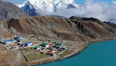 Everest Base Camp Trek via Gokyo Valley - 18 days